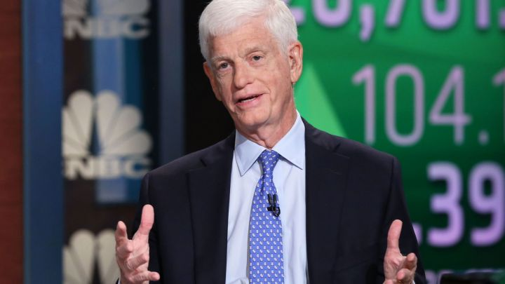 Mario Gabelli, a major Viacom and CBS shareholder, wants the media giants separate for now