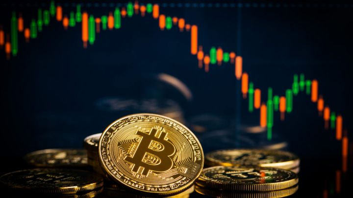 Bitcoin Price Falls Below $4,000 Again: Is Another Big Drop in Store?