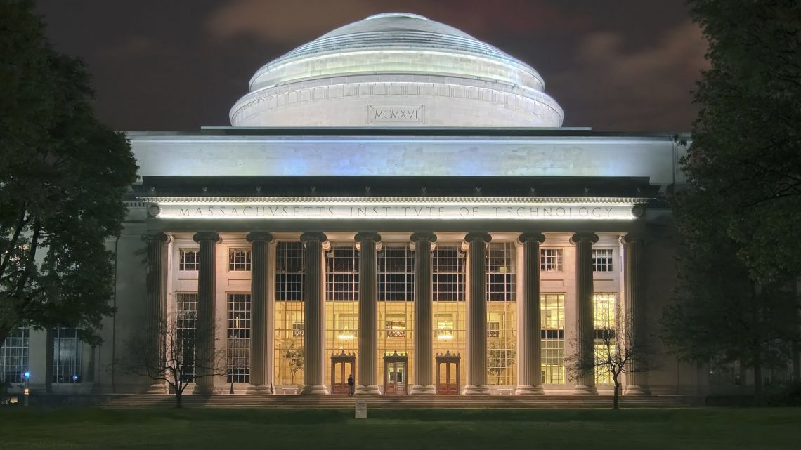 MIT: Blockchains Will Become 'Boring' in 2019
