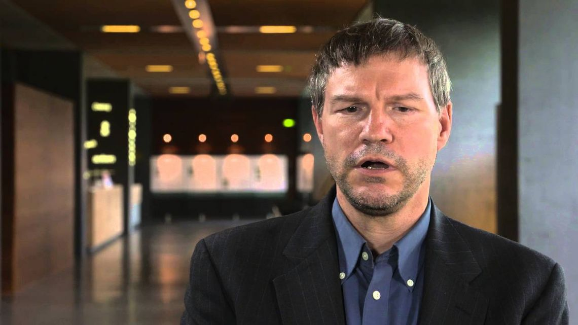 Nick Szabo: Central Banks Might Switch From 'Physically Vulnerable' Gold to Bitcoin