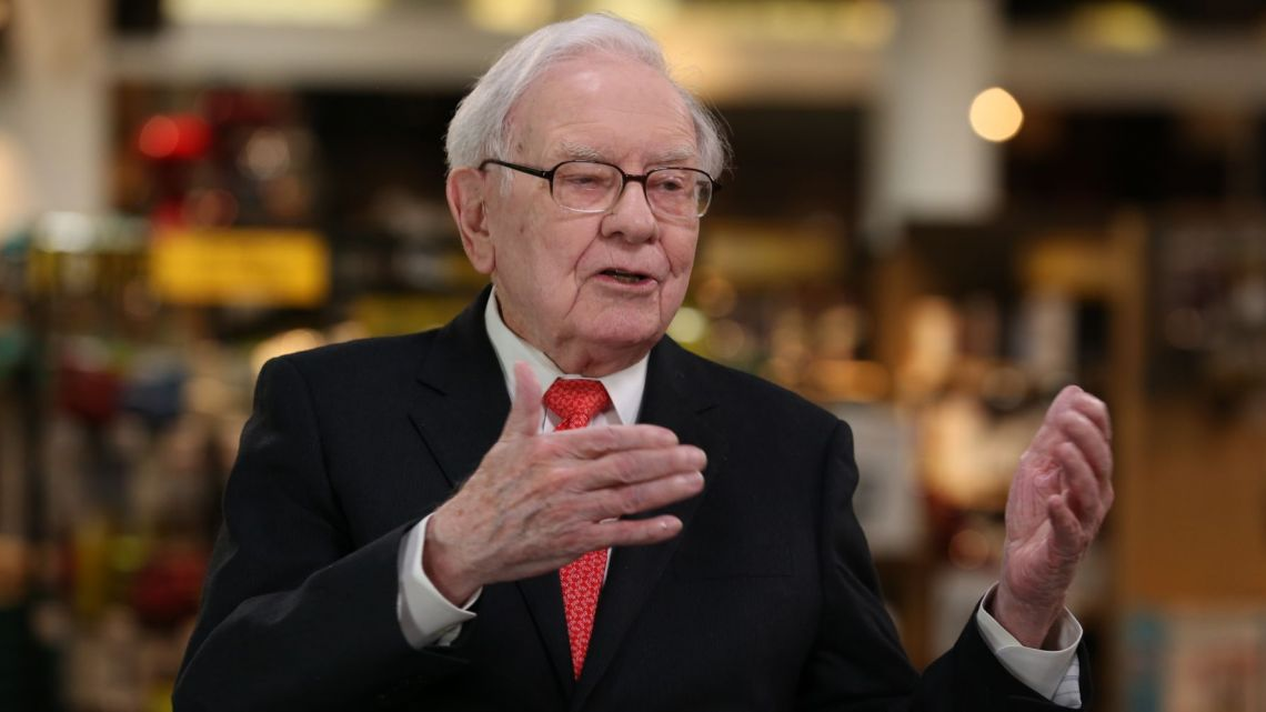 Buffett confirms Berkshire Hathaway selling workers comp unit