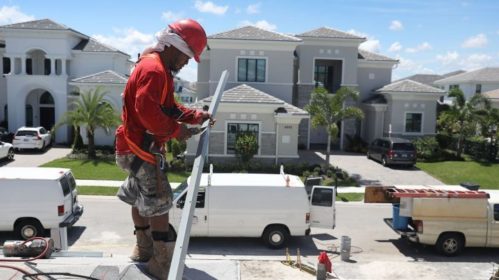 New home sales drop 6.9% in January, in sign govt shutdown may have hurt buying
