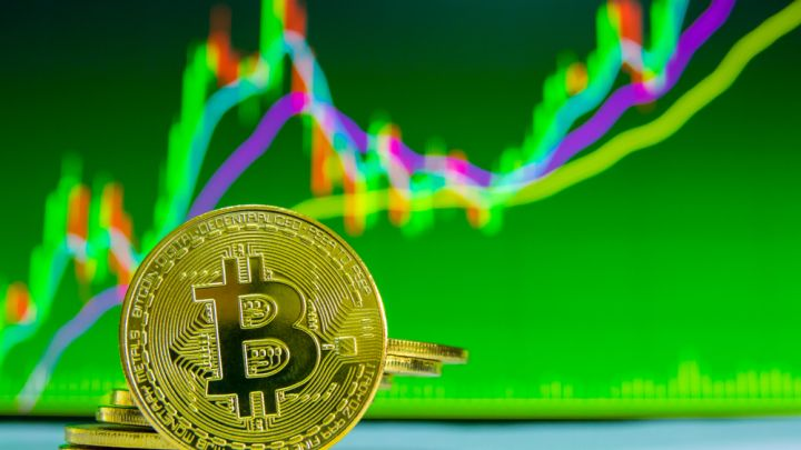 Bitcoin Price Watch: Currency to Hit $50,000 by 2021?