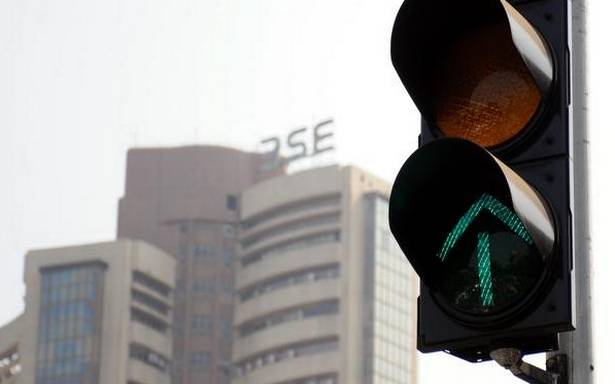 Indian bourses shine in derivatives