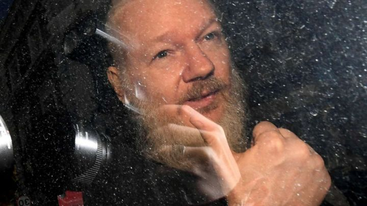 US gave verbal pledge of no death penalty for Assange: Sources