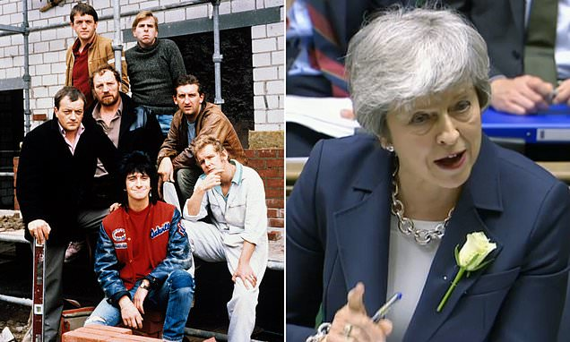 May warned over 'Auf Wiedersehen Pet' Brexit that 'no one wants'