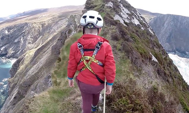 Five-year-old scrambles across precarious 600ft Irish cliffs