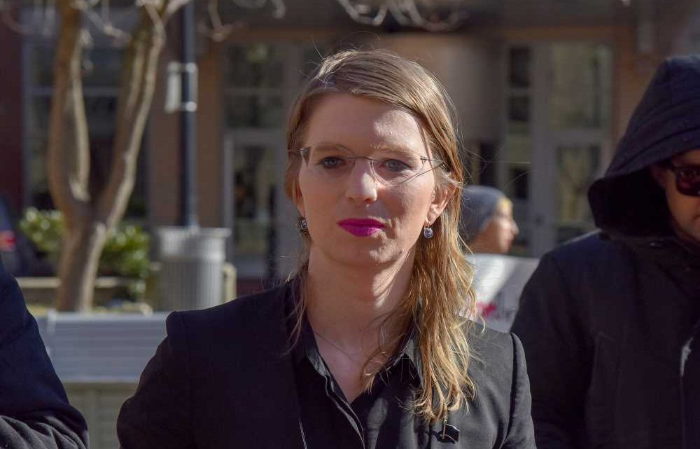Chelsea Manning freed from jail after 62 days behind bars