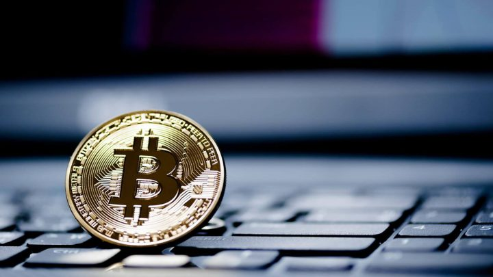 Bitcoin Surges To $8,600 And Gets Closer To $10,000; What Do Experts Say?