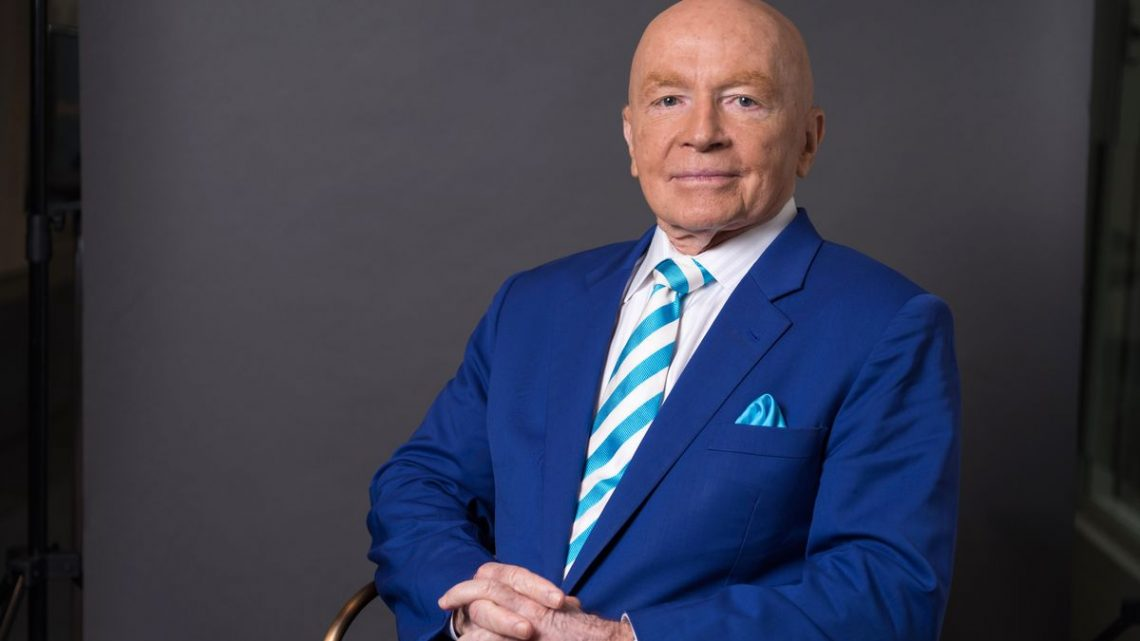 Legendary Investor Mark Mobius Now Says Bitcoin Has a Future After All –