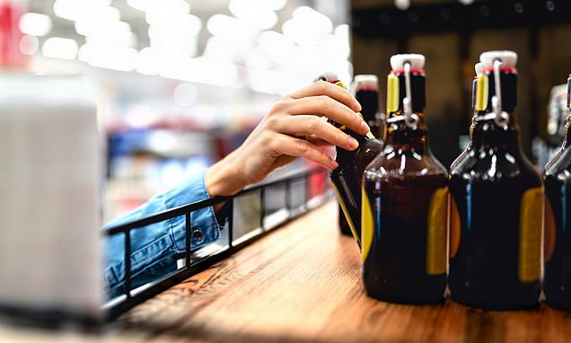Alcohol will be sold with strict health labels under Labour government