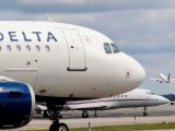Delta Tried To 'Trap' Its Own Flight Attendants On A Plane, Messages Show