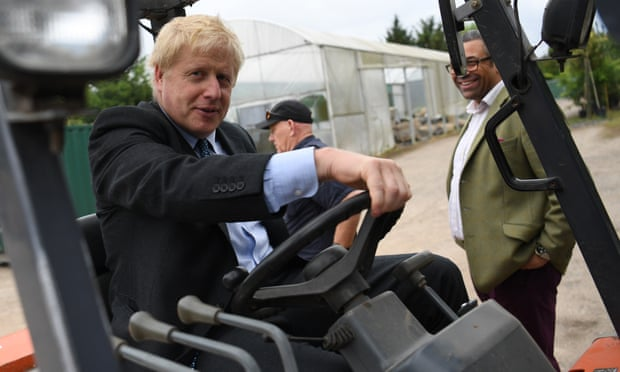 Business leaders and unions urge Johnson to avoid no-deal Brexit