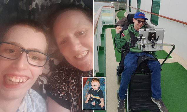 Mother slams doctors after they fail to get cannabis oil for her son