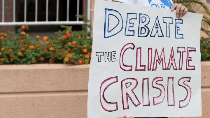 Democratic National Committee Votes To Reject Climate Debate
