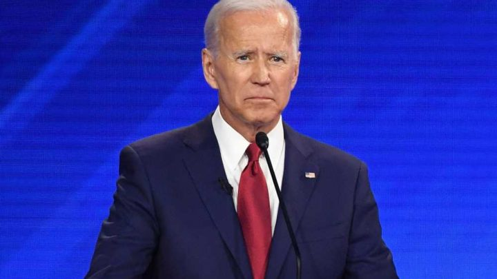 Joe Biden struggles to keep his teeth in his mouth during Democratic debate