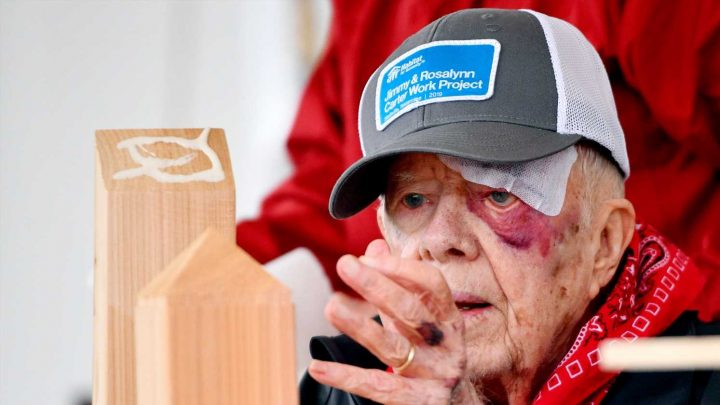 Former President Jimmy Carter suffers pelvic fracture after falling in Georgia home