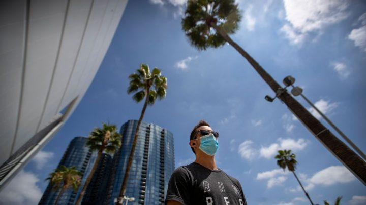 """Los Angeles County Coronavirus Update: Local Officials Say Closure Order Includes All Offices In """"Non-Critical"""" Sectors"""