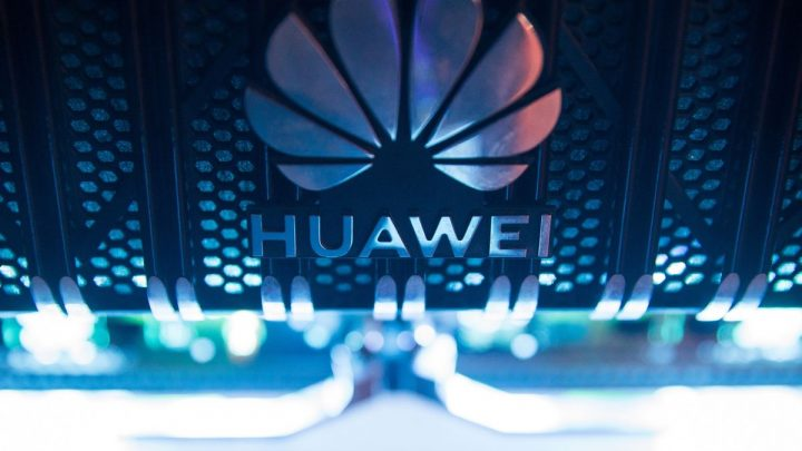 Johnson Urged to Ban U.K. Networks From Using Huawei by End-2021