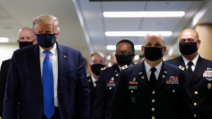 Trump wears face mask in public for first time during coronavirus pandemic