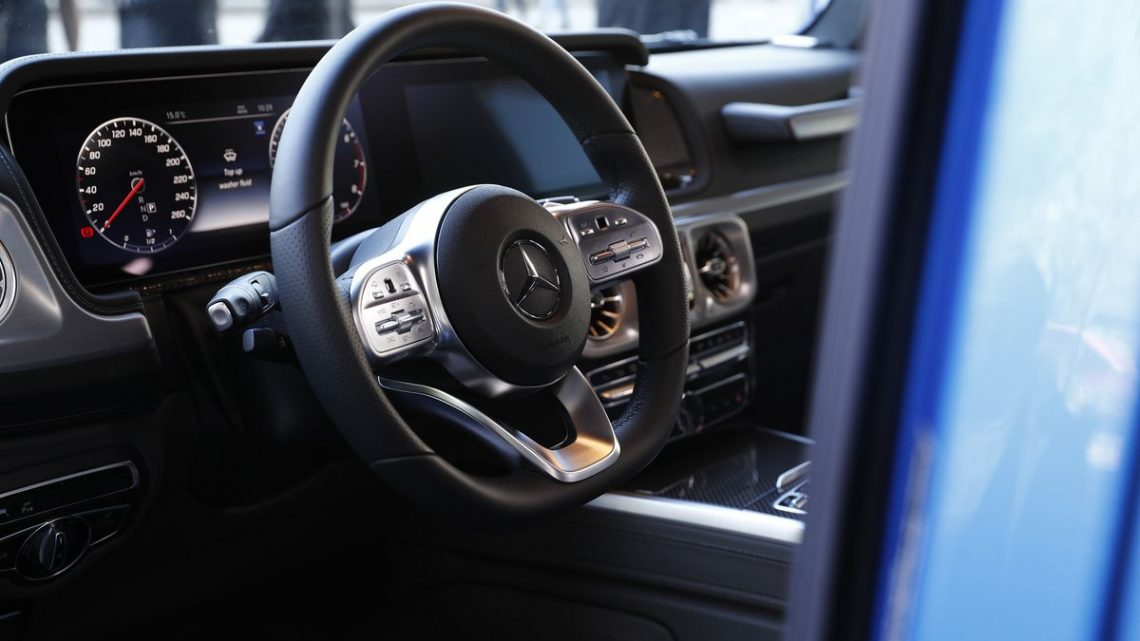Mercedes-Benz May Face German Sales Ban After Nokia Wins Patent Ruling