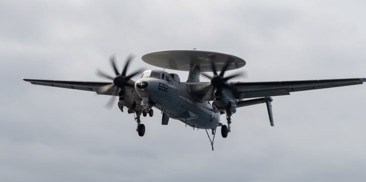 A US Navy E-2C Hawkeye crashed in Virginia, but the crew managed to bail out safely