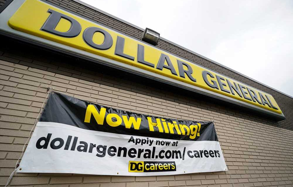 US workers file 870,000 jobless claims as coronavirus total nears 62 million