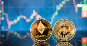 Bitcoin Prepares to Break $11,000 Resistance, Ethereum Ready to Fall