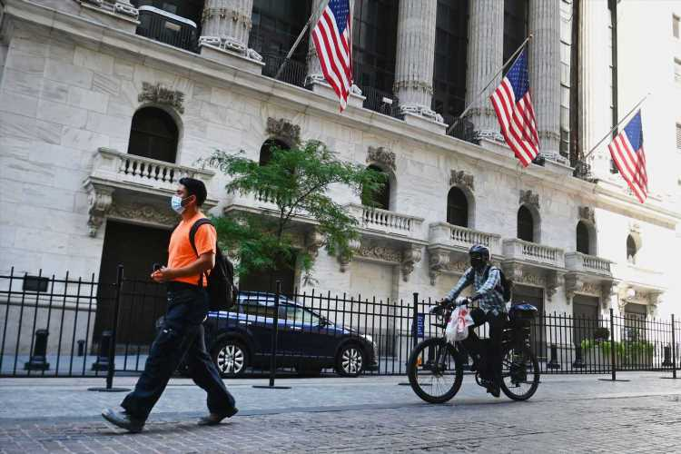 What to watch today: Stock futures turn positive in continuing tech stock bounce