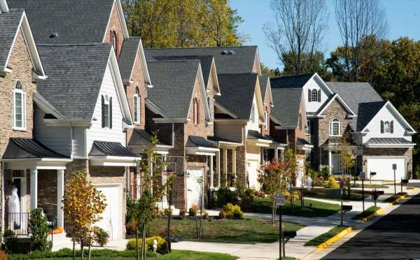 A Neighborhood's Race Affects Home Values More Now Than in 1980