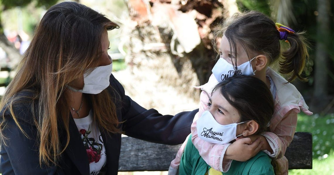 I've been trying to teach my kids about collective responsibility during the pandemic. It's too bad our political leaders are undermining the message.