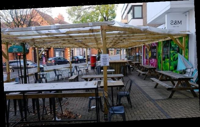 Restaurant ordered to tear down pergola as it 'looked like a Jewson'