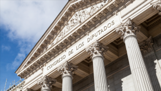 Bitcoin for Spain's Congress: BTC Sent to 350 Spanish Parliament Members