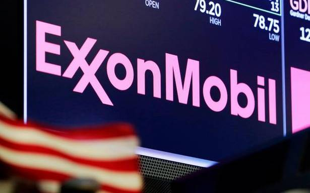 ExxonMobil to lay off 1,900 U.S. employees; mostly at Houston offices