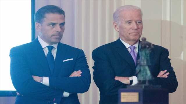 Biden stays silent on Bobulinski claims about family's business ventures