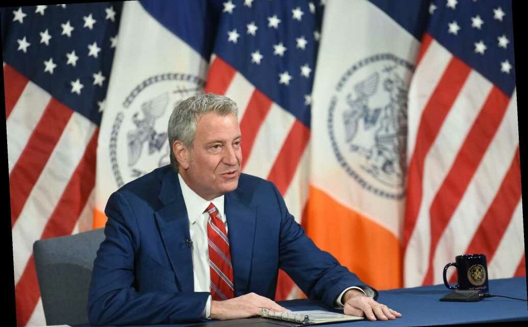De Blasio urges New Yorkers to embrace COVID-19 vaccine at Bronx church service