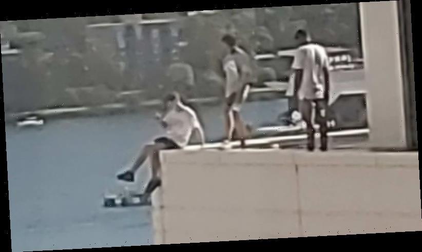 Teens seen taking photos on 12th-floor ledge of high-rise Sydney hotel