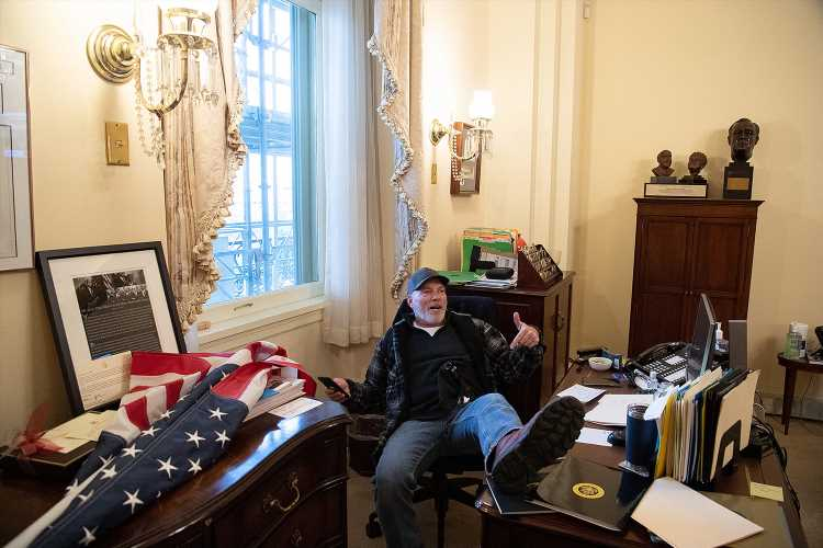 Nancy Pelosi's Office Occupied by Pro-Trump Rioters amid Chaos at U.S. Capitol