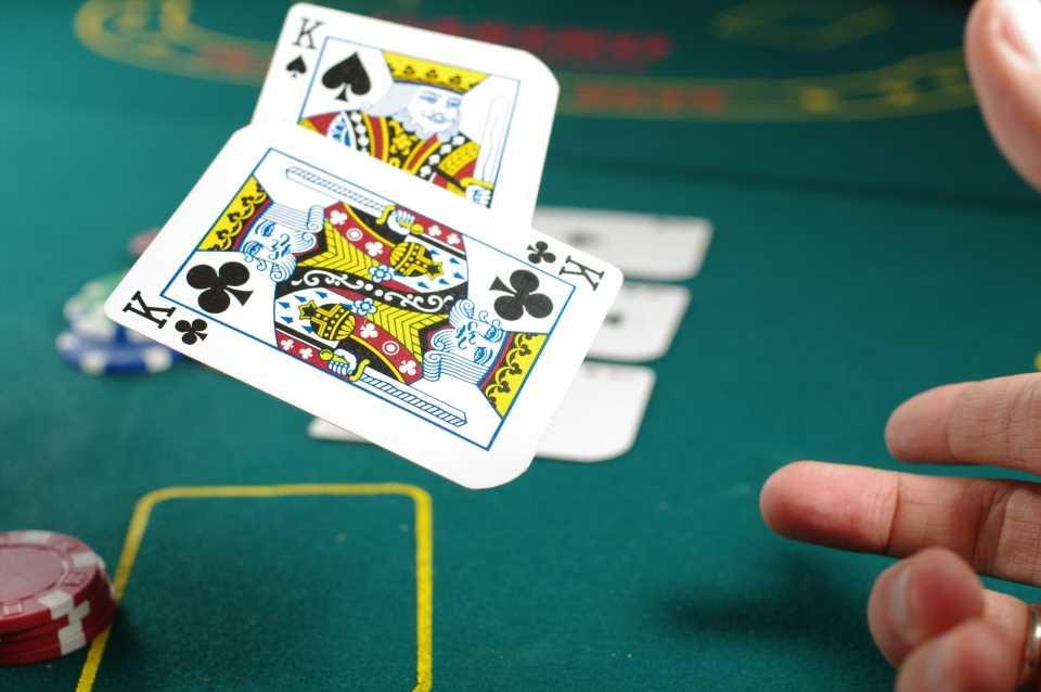 Are Bitcoin Casinos Better Than Regular Ones?