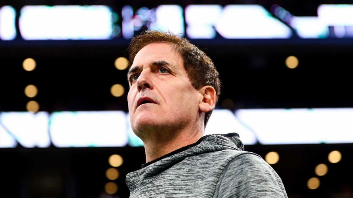 How Mark Cuban uses a Steve Jobs-inspired strategy to stay successful in a world of fast changing tech