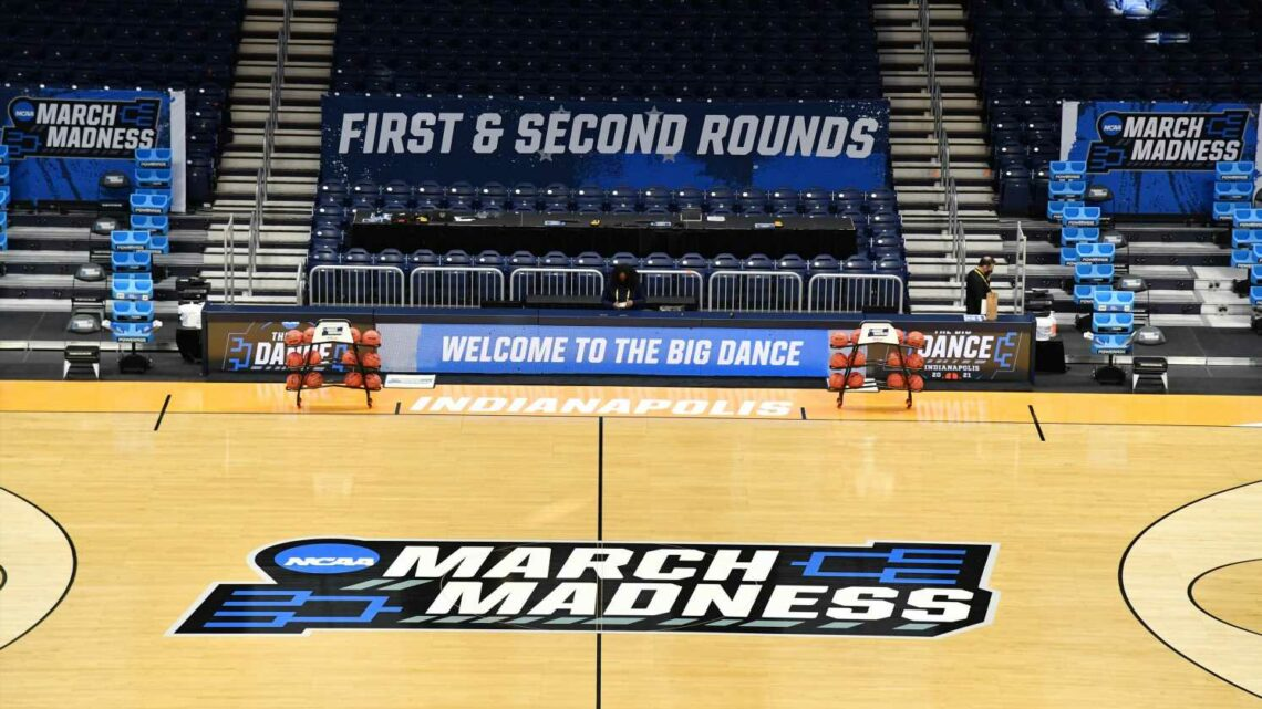 March Madness live updates: The scores and moments you need to know from Friday at NCAA Tournament