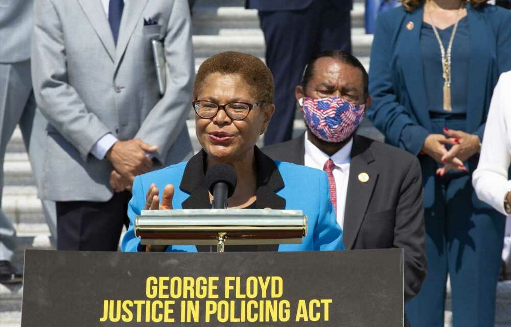 Bipartisan group to hold police reform talks as George Floyd Act stalls in Senate