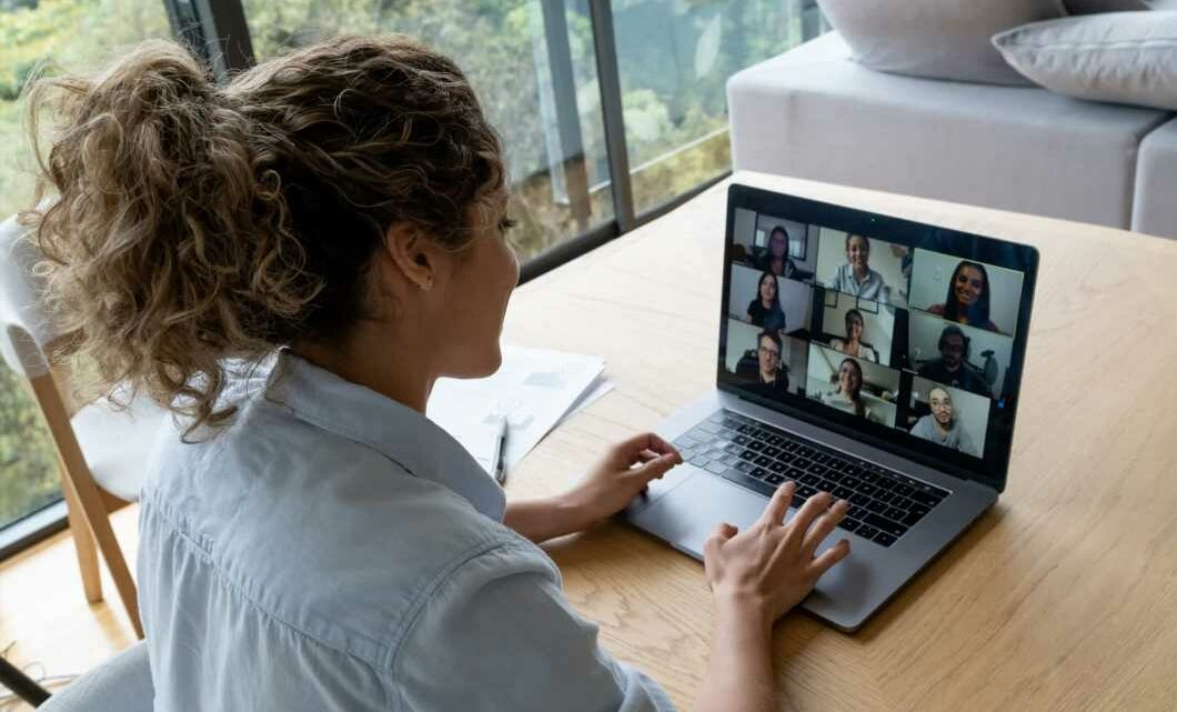 A flexible-work expert's No. 1 tip for managers leading remotely