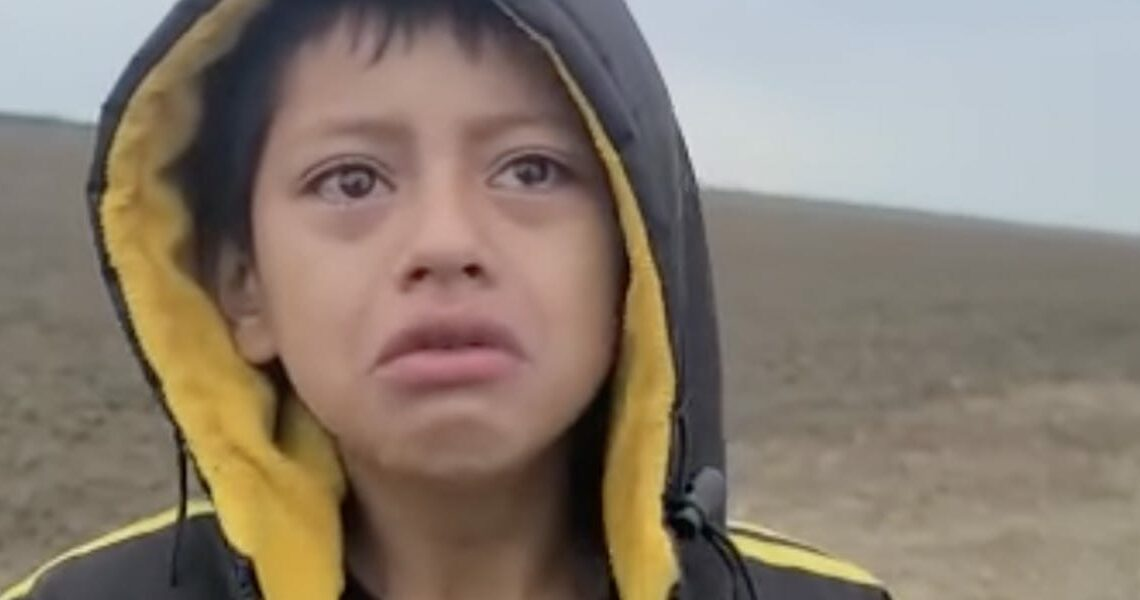 Video shows a child abandoned at the US-Mexico border asking a Border Patrol agent for help