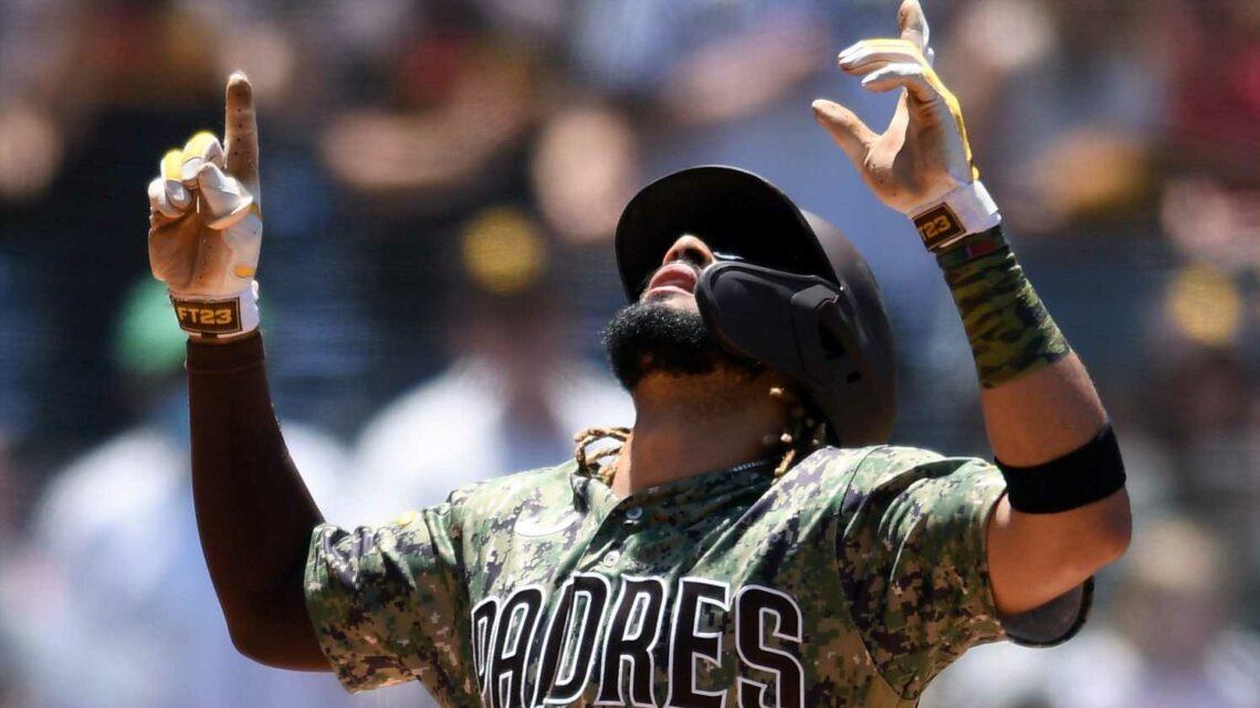 Around the majors: Jesse Winker, Franchy Cordero, Fernando Tatis Jr. hit mammoth home runs