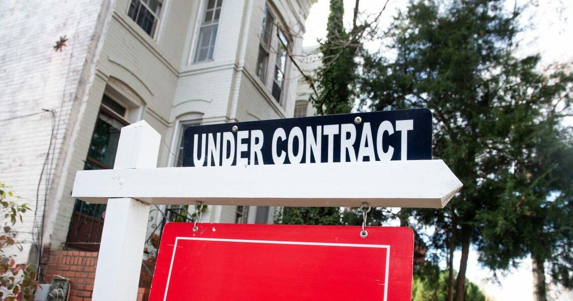 At least 3 US homes have recently sold for more than $1 million over asking price. It's the latest sign that the housing market has gone completely off the rails.