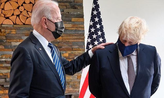 Biden's 'power pat' vs 'fidgety' Boris