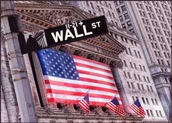 Tech-Heavy Nasdaq Sharply Higher In Mid-Day Trading