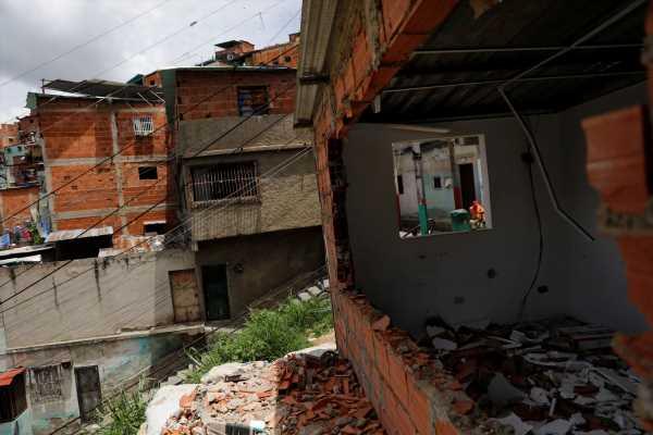 Hyperinflating Venezuela Now Ruled by Gangs