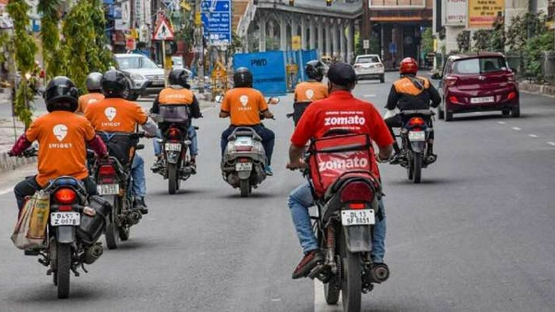 Restaurant body up in arms against Zomato, Swiggy